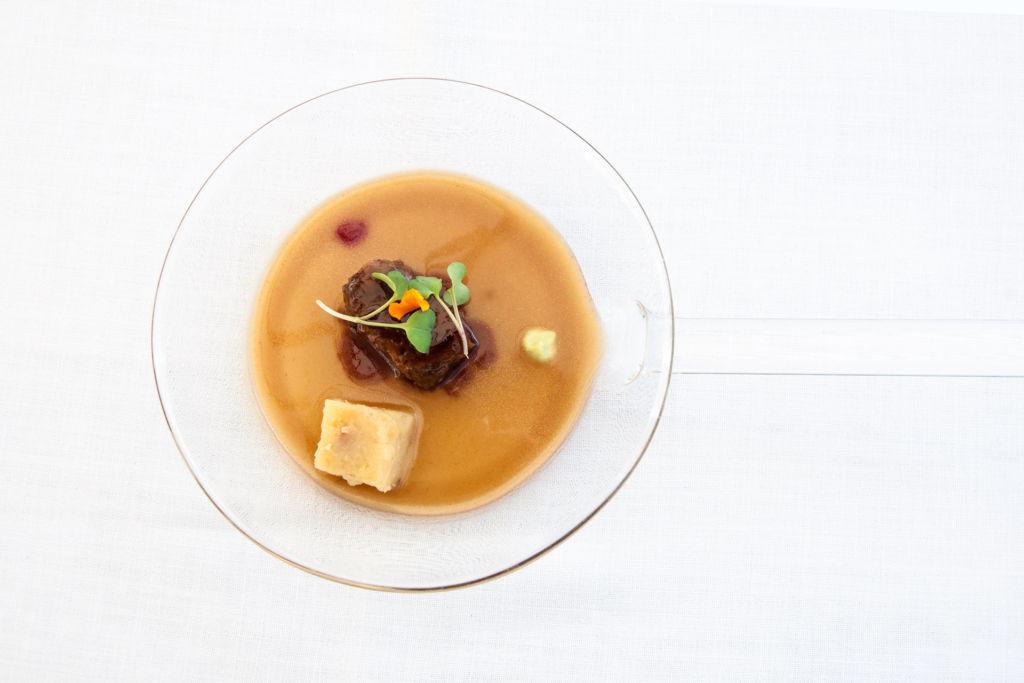 Guiso de buey con sitake y pak choi Restaurante El Nuevo Molino Cantabria
